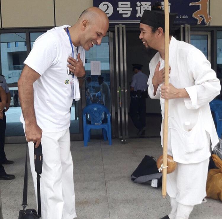 Berimbau, instrumento símbolo da capoeira.